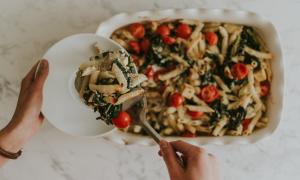 baking-pasta-2QBTH6K